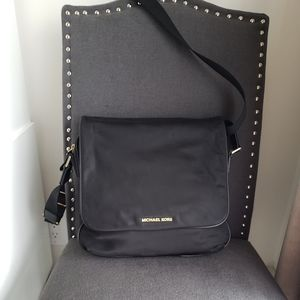Michael kors over the shoulder purse black office